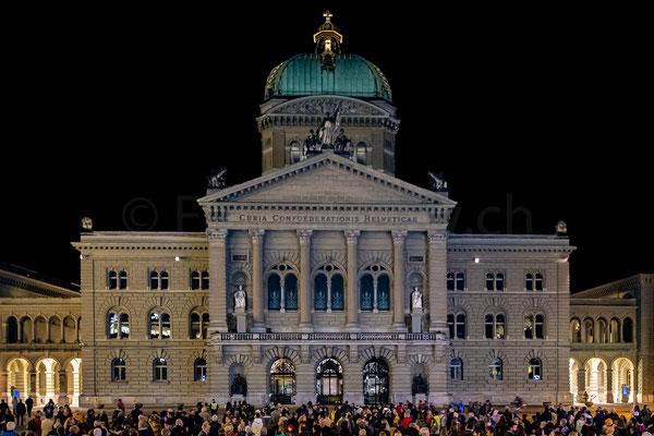 Rendezvous am Bundesplatz 2019 - Mondlandung - Step by Step
