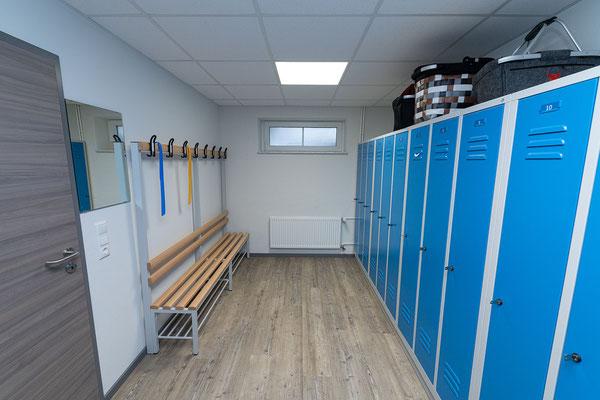 © Zahntechnik Wieck: Umkleideräume für unsere Zahntechnikerinnen und Zahntechniker