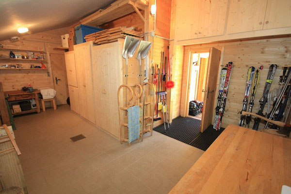 Werkstatt & Skistall