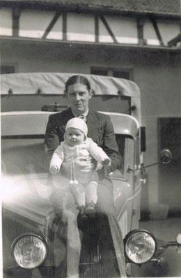 Wilhelm Kronenberg mit Karl-Heinz Kronenberg