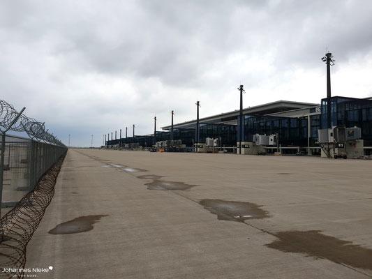 Strikte Trennung zwischen BER und intaktem Flughafengelände