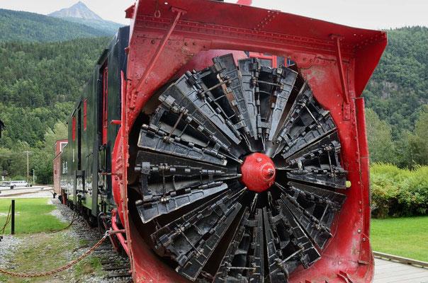 Eisenbahn-Schneepflug