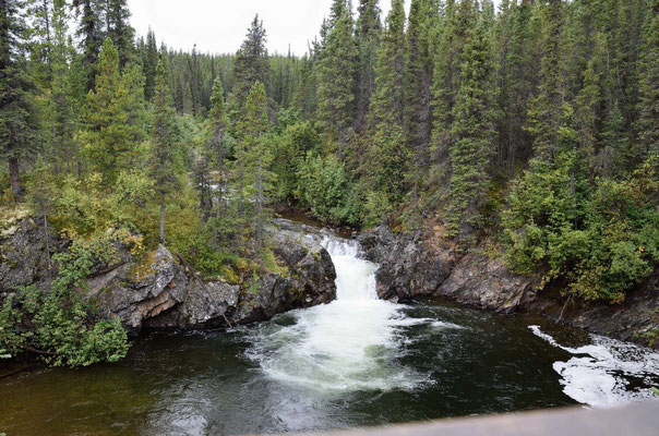 Die Rapids des Little Rancheria River