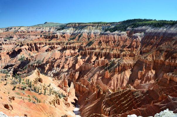"""Am nächsten Tag die Cedar Breaks, der """"kleine"""" Bruder des Bryce Canyon"""
