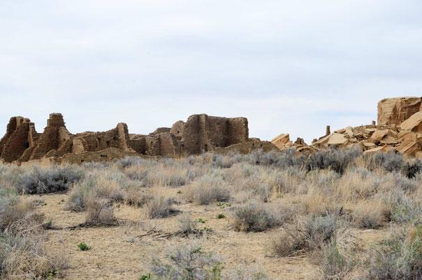 Pueblo Bonito, das größte der Chaco-Pueblos, bewohnt zwischen 850 und 1150