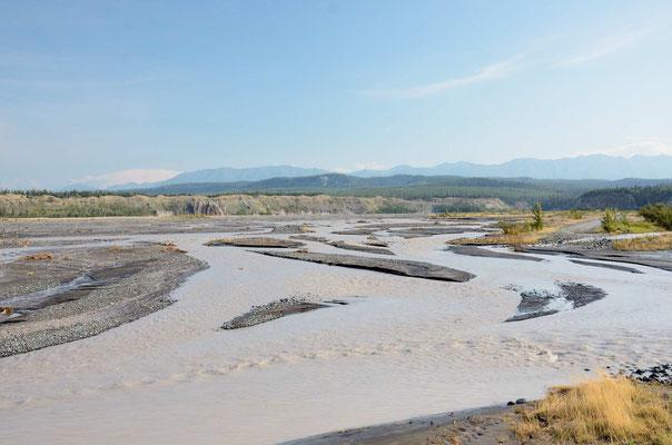 Zusammenfluß von Copper- und Clutina-River