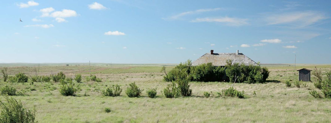 "Verlassene Farm mit ""Outhouse"""