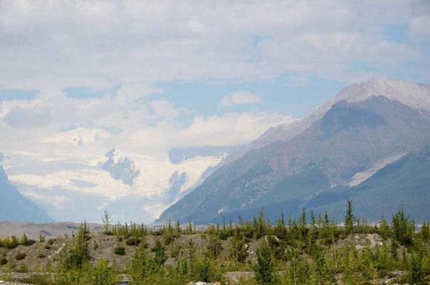 Der Kennicott-Glacier mit seinen Moränen