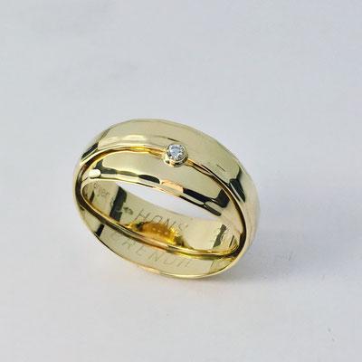 Trouwringen samen gevoegd met diamant vanaf € 200