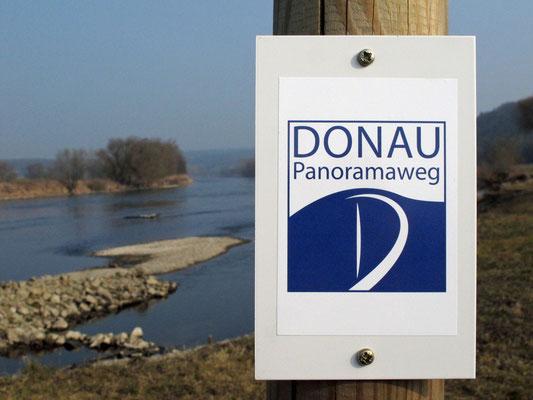 Wegemarkierung Donau-Panoramaweg, Foto: Michael Körner