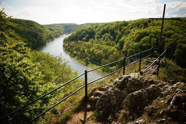 Wieser Kreuz und Blick in die Weltenburger Enge, Foto: Tourismusverband im LK Kelheim e.V.