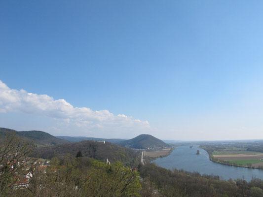 Blick von der Burgruine Donaustauf, Foto Michael Körner