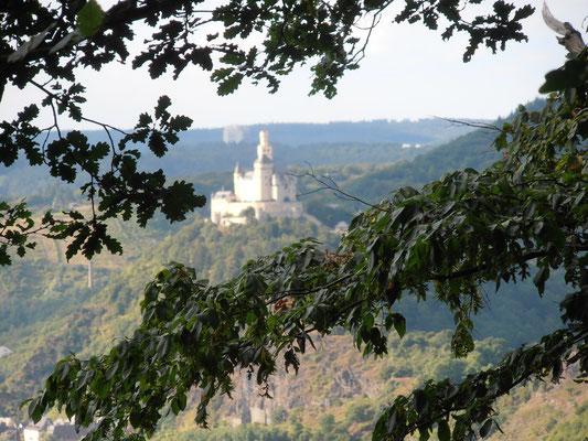 Die Marksburg vom Wanderweg Rheinsteig