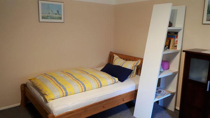 Wohn-/Schlafzimmer  mit Doppelbett 140 x 200