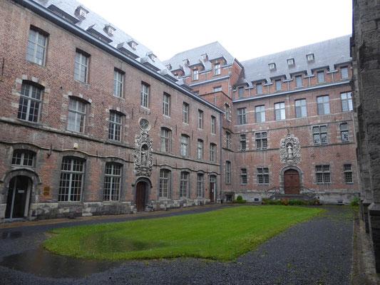 Tournai - Bisschoppelijk Seminarie - binnentuin