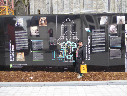 Doornik - kathedraalplattegronden door de eeuwen heen