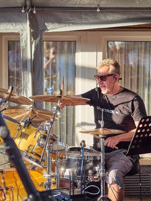 Castrock-Drummer Holgi in Ehrenfeld