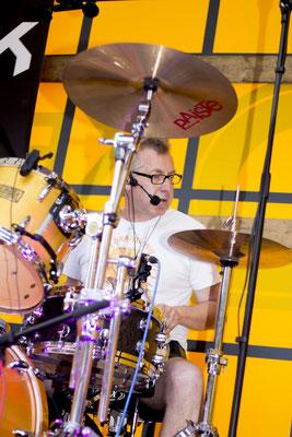 Meist im Hintergrund aber nicht zu überhören: Castrock-Trommler Holgi