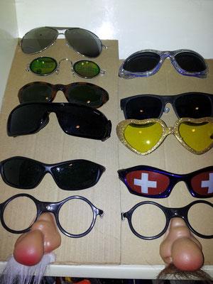 Zubehör/Brillen, Fr. 2.- / Fr. 5.-