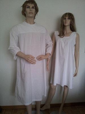 Herrennachthemd, Gr. ca .M, Fr. 15.- (auch als Arztkittel) / Damenhemdchen, Gr. ca. M/L, Fr. 12.- (auch als Unterrock zu tragen)