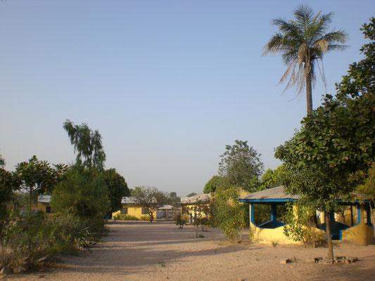 Das Kindergartengelände in Dimbaya