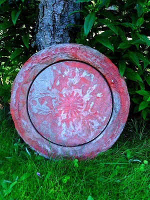 Alte Farben über die Platte gegossen, sieht aus wie mit Patina