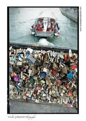 Paris Pont des Arts © Nicolas GIRAUD
