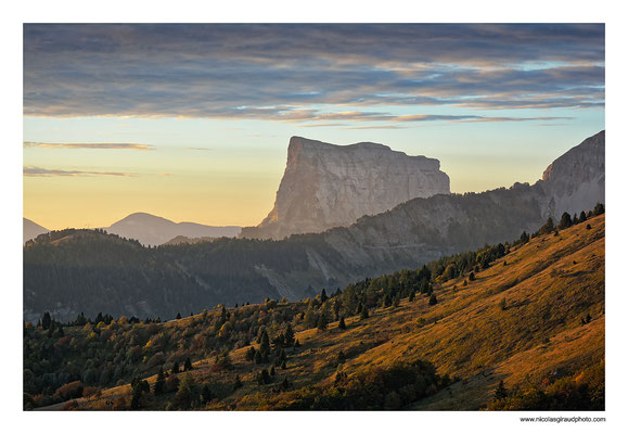Mont Aiguille - Vercors Lever Ecrins © Nicolas GIRAUD