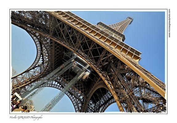 Paris Tour Eiffel © Nicolas GIRAUD