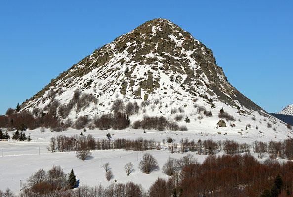 Gerbier des Joncs - P.N.R. des Monts d'Ardèche © Nicolas GIRAUD
