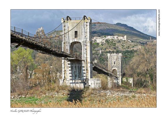 Rochemaure - Vallée du Rhône © Nicolas GIRAUD