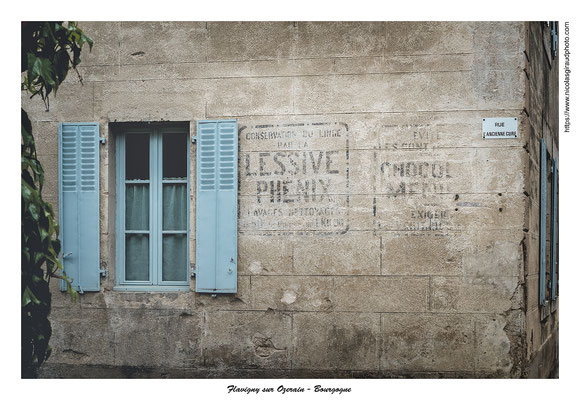 Flavigny - Bourgogne © Nicolas GIRAUD