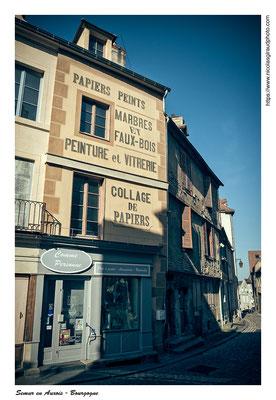 Semur en Auxois - Bourgogne © Nicolas GIRAUD