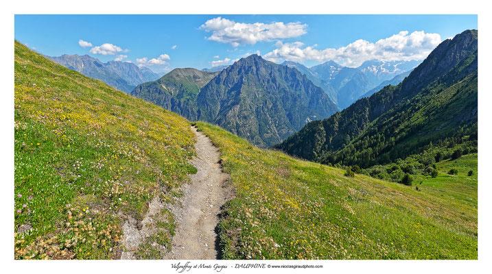 Montagne de Gargas - Dauphiné © Nicolas GIRAUD