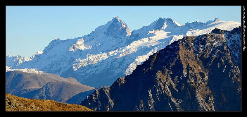Vue sur Oisans - Belledonne © Nicolas GIRAUD