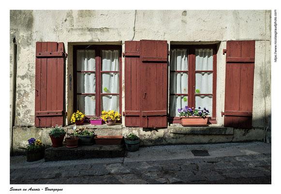Semur en Auxois © Nicolas GIRAUD