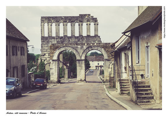Porte d'Arroux - Autun - Saône et Loire © Nicolas GIRAUD