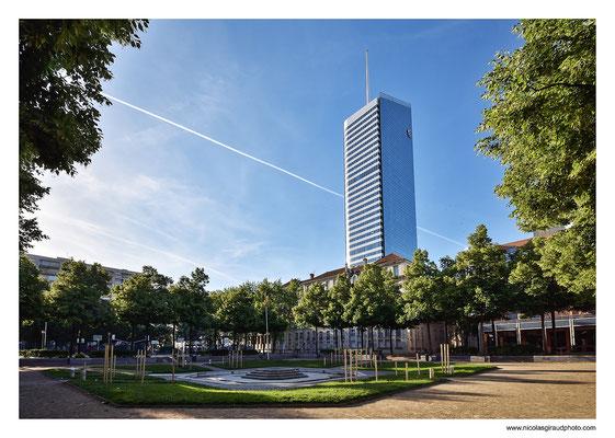 Incity - Place de l'Europe - Lyon © Nicolas GIRAUD