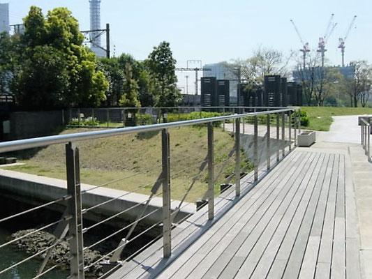 神奈川県横浜市 (ポートサイド);ワイヤーテンド