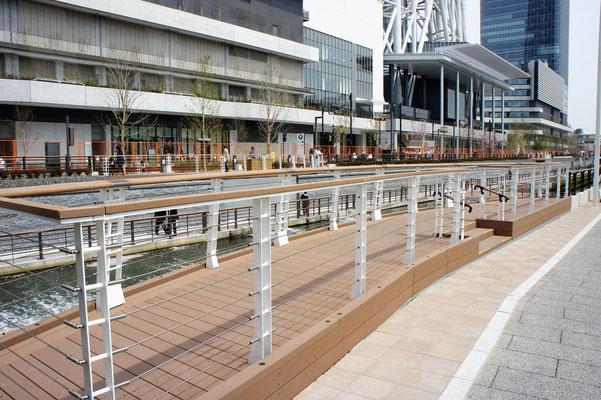 東京スカイツリー ; 2011年12月設置 ; ワイヤーテンド