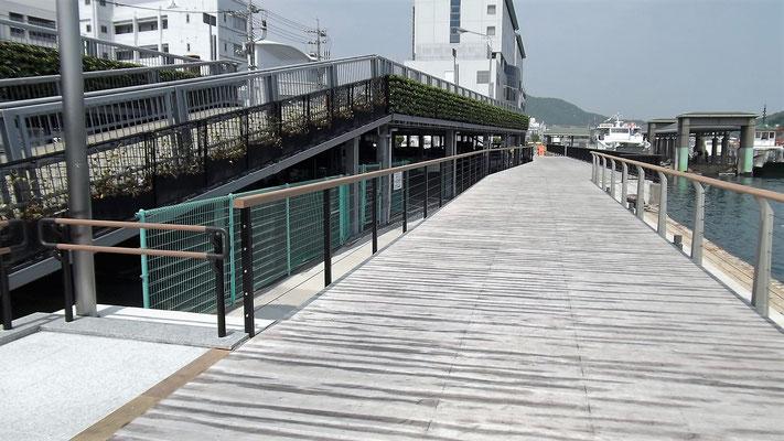 尾道糸崎港(広島県) ; 2012年2月設置 ; ワイヤーテンド