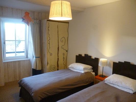 Chambre 2 avec 2 lits simples, 90 x 190