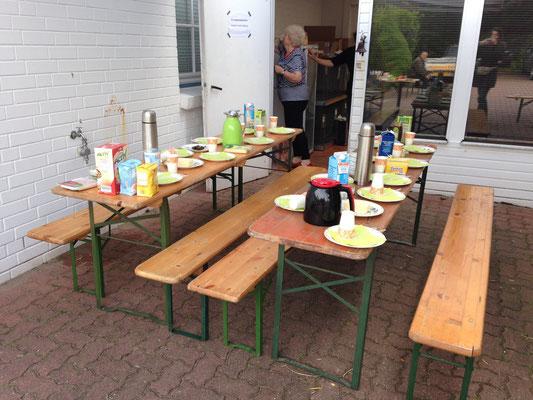 Frühstück für die Teilnehmer