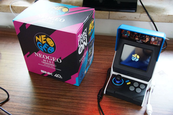 "Neo Geo Mini von Word Wide Distribution, Männerquatsch Podcast [Bonusfolge #06] Ausflug: European Atari Jaguar Festival ""ejagfest 2018"""