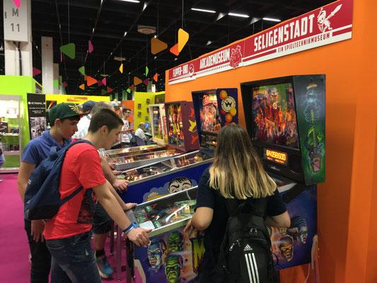 Retro-Stand, Flipper- und Arcademuseum Seligenstadt, Männerquatsch Podcast #09 (Ausflug: Gamescom 2017)