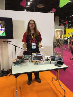 Michael Mrozek vom Dragonbox Shop auf der Bühne, Männerquatsch Podcast [Sonderfolge #01] Gamescom 2017 Interviews