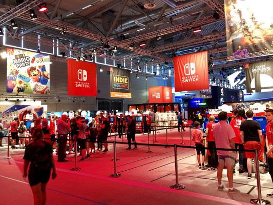 Nintendo-Stand, Männerquatsch Podcast #33 (Ausflug: Gamescom 2018, Sheldon geht, Picard kommt)