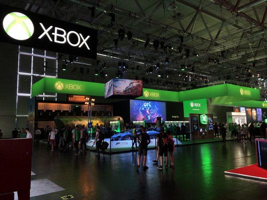 Microsoft Stand, Männerquatsch Podcast #33 (Ausflug: Gamescom 2018, Sheldon geht, Picard kommt)