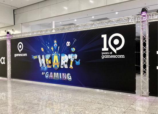 Gamescom 2018 Logo, Heart of Gaming, 10 jahre Gamescom, Männerquatsch Podcast #33 (Ausflug: Gamescom 2018, Sheldon geht, Picard kommt)