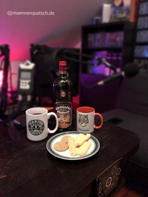 Wir genießen Gerstacker Nürnberger Christkindles Markt Glühwein mit Weihnachtsplätzchen im Männerquatsch Podcast Folge  #40 (Weihnachtsfolge 2018, Game Awards, Dt. Entwicklerpreis, Podcastpreis)